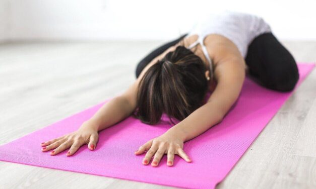 Les 10 meilleurs exercices de yoga pour vous détendre après le travail