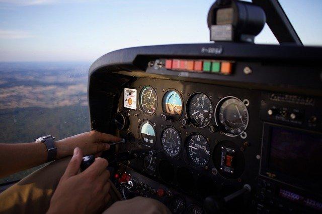 Comment devenir ingénieur de vol