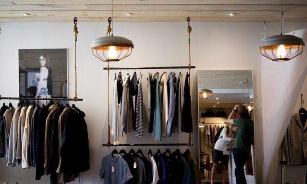Comment devenir acheteur de mode ?